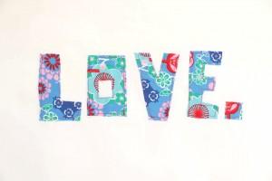Love (Weiß-türkis)